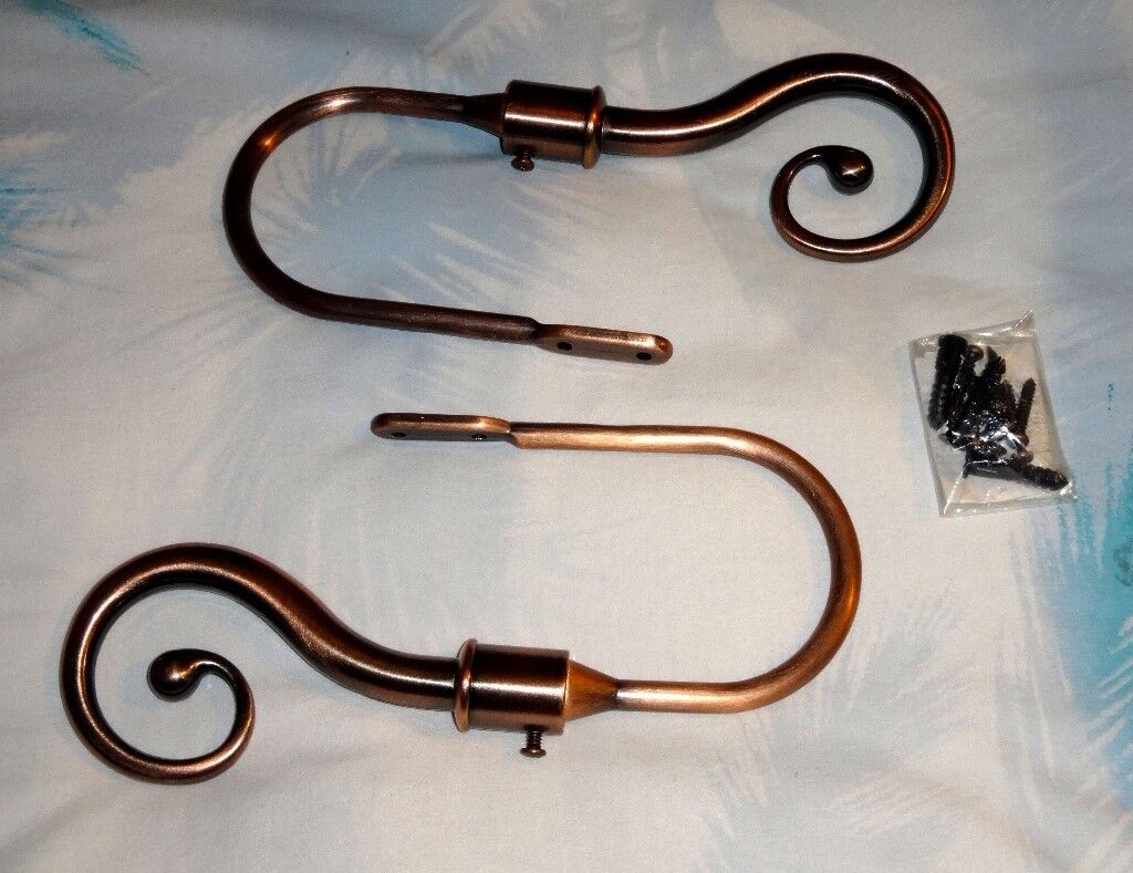 Curtain tie backs – Copper coloured metal - New / unused – Excellent condition