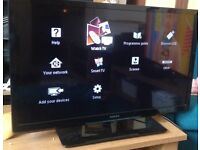 """Philips 32"""" smart TV great condition"""