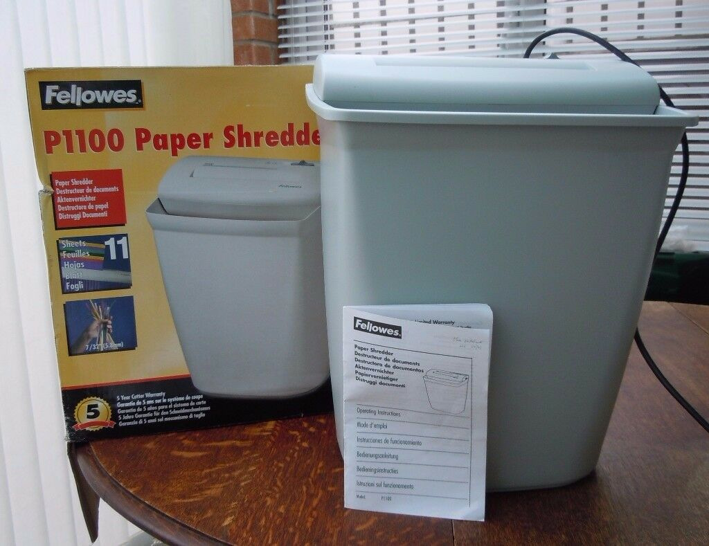 FELLOWES 11-SHEET PAPER SHREDDER MODEL: P1100 GD WORKING ORDER, BOX/INSTRUCTIOS