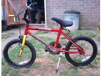 CHILDS BIKE - 5 - 10 YEAR OLD - NEEDS A LOT OF ATTENTION BIT RUSTY BRAKES NEED ATTENTION