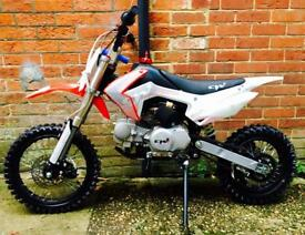 Brand new cw bikes pro 125cc stomp/export/lmx/Welsh pitbike/minibike/pit bike/klx/motocross