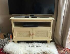Shabby chic TV table with storage