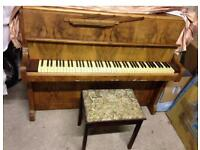 🎵🎹***CAN DELIVER*** LOVELY small UPRIGHT PIANO *** CAN DELIVER ******