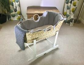 New Mamas and Papas Moses basket