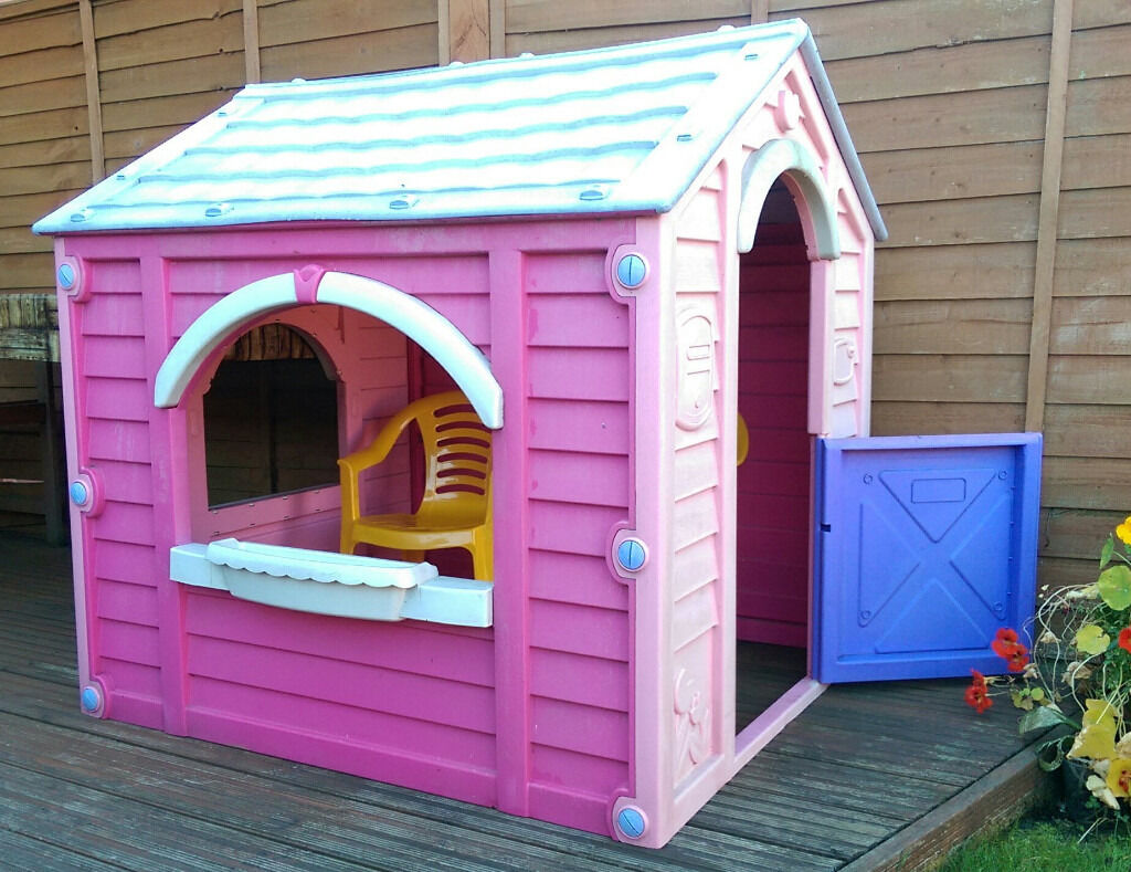 Little tikes playhouse wendy house kids chairs in for Little tikes house