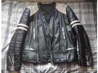 Men's Vintage 1980s Leather Motorcycle Jacket Black White Shoulder Stripe