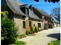 France - Beautiful House & Cottage also Barn with permission to convert in 2.5 acres