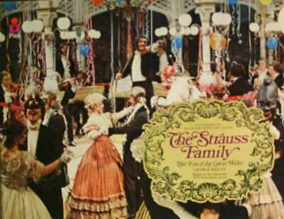 The Strauss Family: The Era of the Great Waltz, Bailey, George, Very Good Book