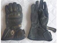 Leather Richa biking gloves ~ size medium