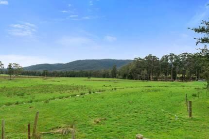 27 Ac - Riverfront - Prime Pastureland - Huon Valley