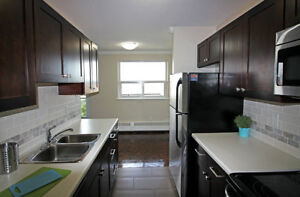 Updated 2 Bed in Burlington! Pet Friendly!