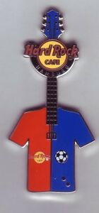 Hardrock Cafe Hamburg  Football Guitar 2013  HRC Pin auch für  den HSV Fan :-)