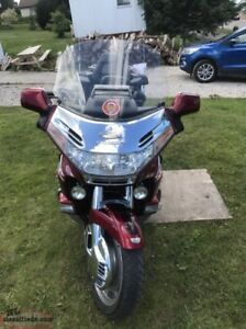 New Price! 2000 Honda Gold Wing 1500 - Mint Condition