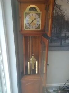 Grandmother clock Gatineau Ottawa / Gatineau Area image 2