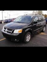 GRAND CARAVAN FOR PICK UP/DROP OFF OR SMALL MOVE $38.99