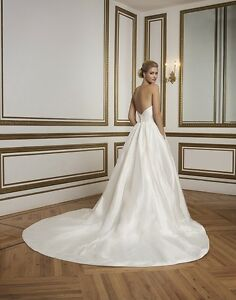 Justin Alexander Wedding Dress and Veil