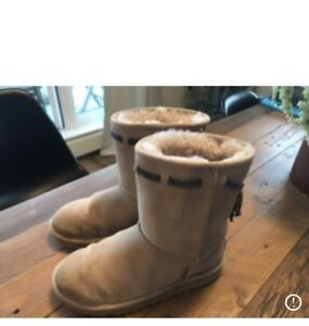 UGG Winter boots Youth size 2 Cream