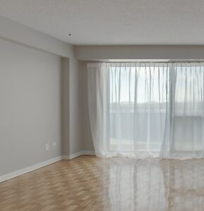 Bachelors / Studios for rent in  West Island Montreal West Island Greater Montréal image 2
