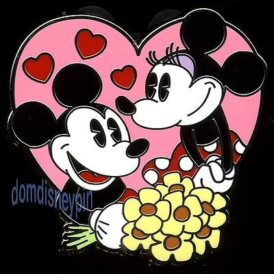 Disney Pin *Disney Couples* Mystery Collection - Mickey & Minnie Mouse!