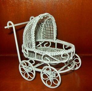 Nostalgischer Puppenwagen Kinderwagen weiß Puppenhaus Puppenstube - t5506  np