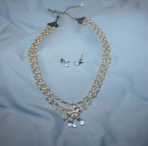 wedding necklace 3 strand pearl and crytals
