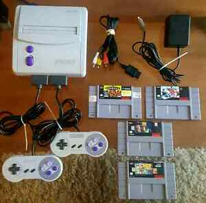 SUPER NINTENDO  BUNDLE / ENSEMBLE NINTENDO