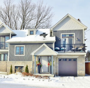 Executive Living in Port Dalhousie House!