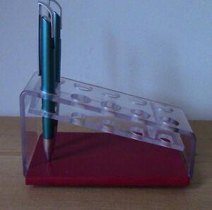 Plastic Pen Desk Holders - Porte-Plume en Plastique West Island Greater Montréal image 1