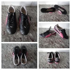 Ladies 7 Puma Runners