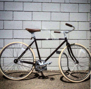 Linus Roadster Classic Bicycle