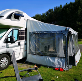 Fiamma Awning / privacy room