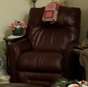 ELECTRIC LAZY BOY LEATHER RECLINER
