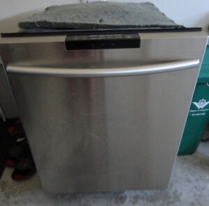 SS Samsung Dishwasher in Great Condition