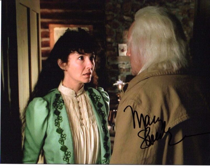 Mary Steenburgen Back to the Future Autographed Signed 8x10 Photo COA #5