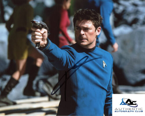KARL URBAN AUTOGRAPH SIGNED 8x10 PHOTO STAR TREK BEYOND DOCTOR BONES MCCOY COA