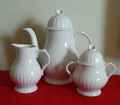 "LEEDS ALFRED MEAKIN ENGLAND IRONSTONE ""TEA POT, CREAMER AND SUGAR BOWL"""
