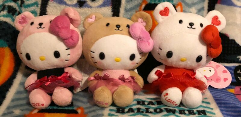 Sanrio Hello Kitty Plush Valentines Love Bear Set Of 3