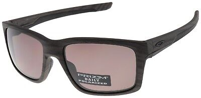 Oakley Mainlink Sunglasses OO9264-19 Woodgrain with Prizm Daily Polarized Lens