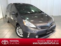2012 Toyota Prius v Touring Package *One Owner*