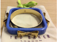 BEAUTIFUL TED BAKER 4 BOW BANGLE BLUE