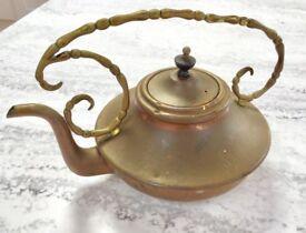 INDIAN BRASS TEA POT, ALADDINS LAMP ASIAN STYLE, VINTAGE ANTIQUE KETTLE