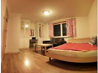 BREXIT LOW PRICE!! AMAZING ROOM IN Canary Wharf! NO FEES! AMAZING & MODERN