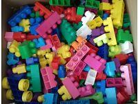 Mega Bloks, over 950 pieces