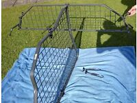 *REDUCED* Travall Dog Guard and Divider for Toyota Avensis Estate 2009 onwards