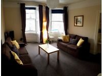 Lovely 2 bed flat. Leith Walk.