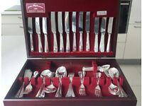60 pieces / Silver Cutlery set