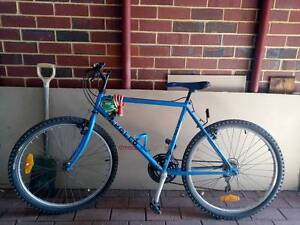 """APOLLO Summit Hyperglide 26"""" Bicycle (includes lock & helmet) East Victoria Park Victoria Park Area Preview"""