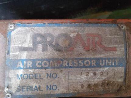 Antique air compressor Newcastle 2300 Newcastle Area Preview