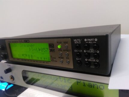 YAMAHA MU90 Sound module
