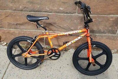 Vintage Bicycles Bmx Bike Survivor Nelo S Cycles